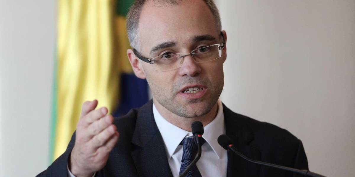 Futuro ministro do STF 'terrivelmente evangélico' pode ser advogado-geral da União