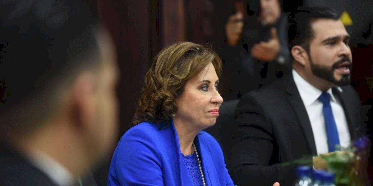 Sandra Torres y Neto Bran suscriben convenio relacionado con tema de seguridad