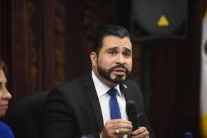 Sandra Torres se reúne con alcalde de Mixco Neto Bran