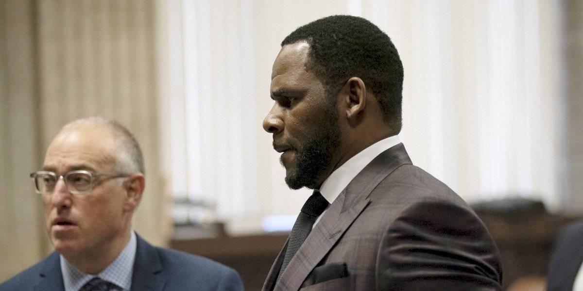 Capturan a músico R. Kelly por nuevo cargo de abuso sexual y pornografía infantil