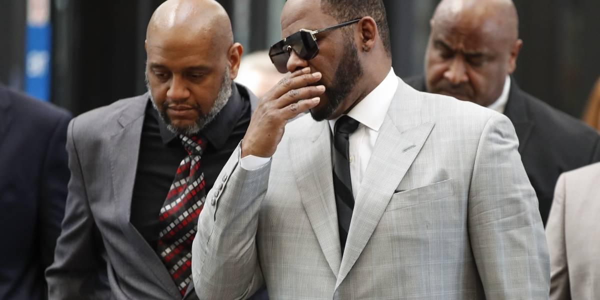 Cantante R. Kelly se declara inocente de abuso sexual pero continuará en prisión