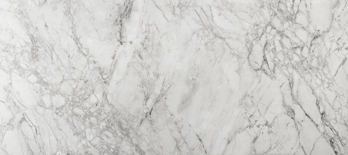 Bergen: Recoge la perfección de la piedra natural Portobello. Su intrincada estructura escultural se refuerza con un lustroso acabado. Cortesía: Cosentino