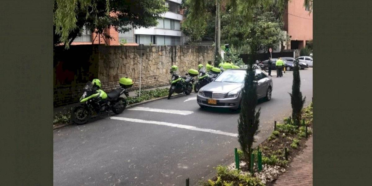 Falsa alarma: desalojan edificio por supuesta amenaza de bomba al norte de Bogotá