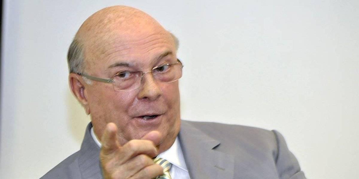 Mejía reitera su rechazo a eventual reforma a la Constitución
