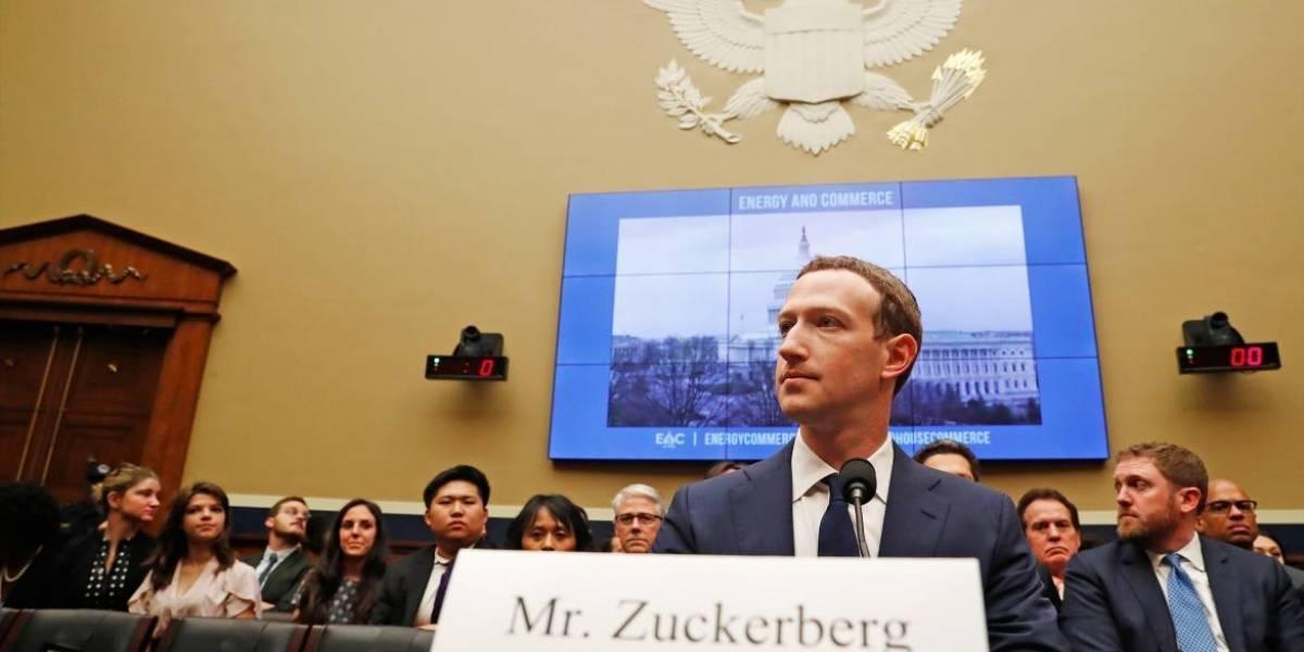 Aprueban millonario acuerdo para que Facebook salga libre en escándalo de violación de datos privados