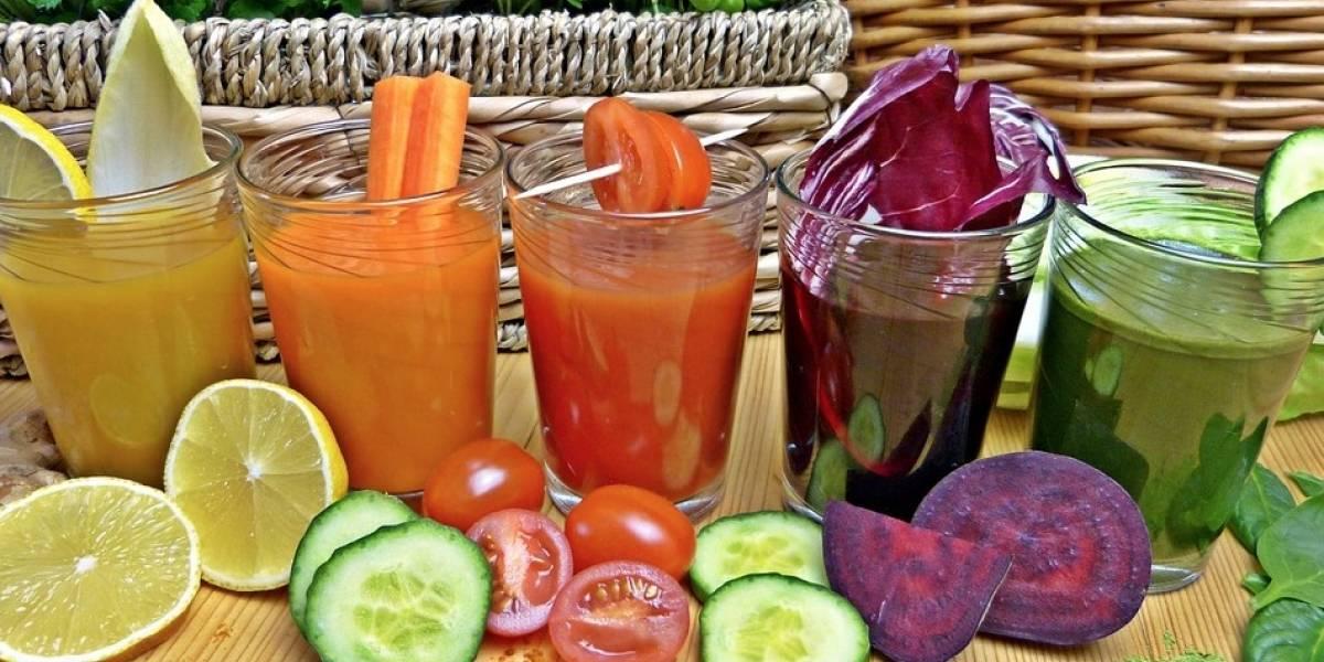 Tomar un solo jugo de frutas o refresco aumenta el riesgo de padecer cáncer