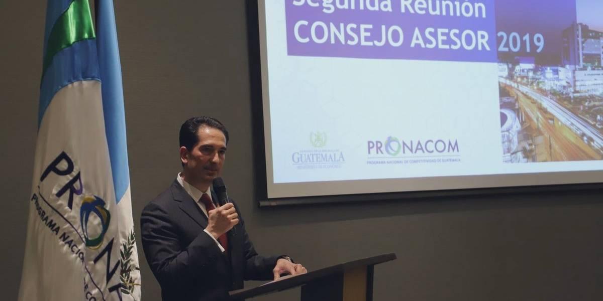Titular del Pronacom promueve la iniciativa de ley de buró de crédito
