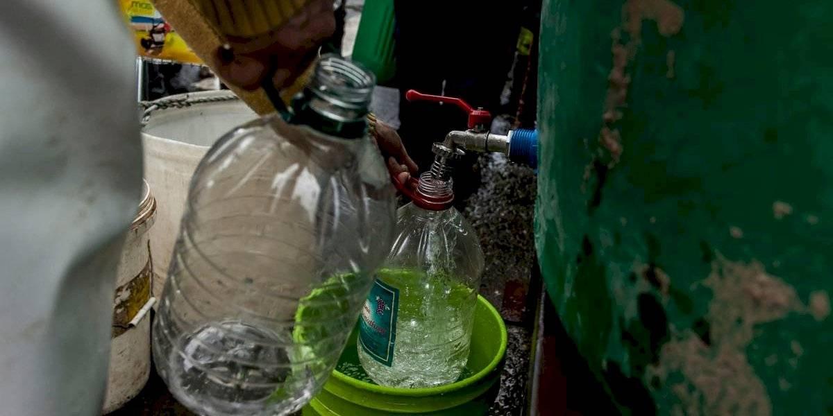 """""""A la empresa le quedó grande el poncho"""": gobierno da hasta el martes plazo a Essal para restituir suministro de agua potable en Osorno"""