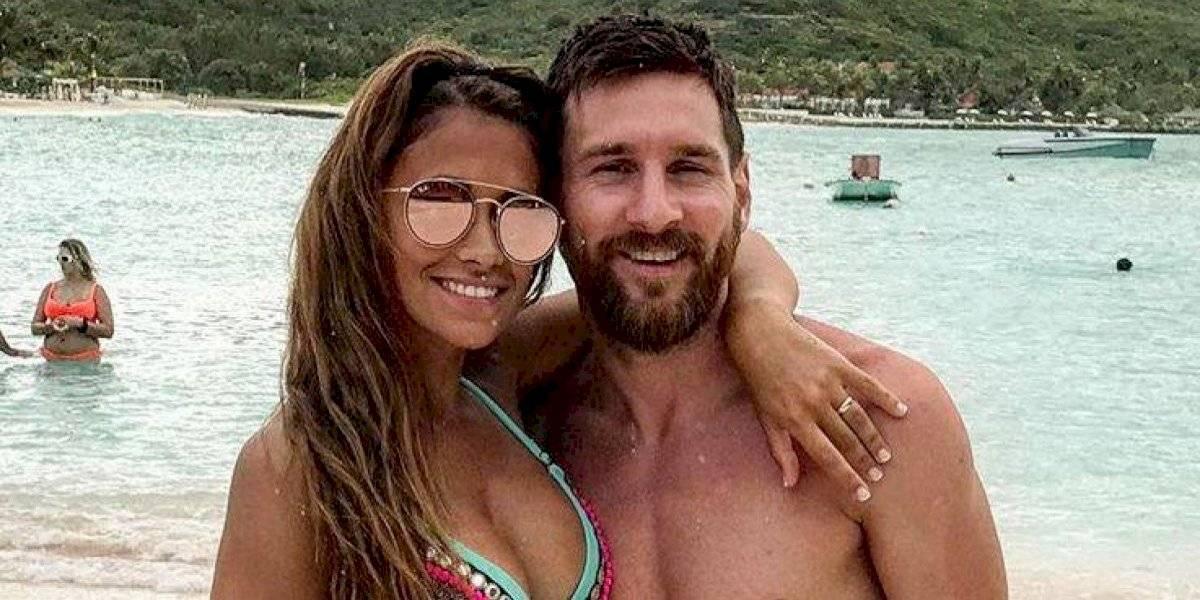 Antonella Roccuzzo luce bikini en la playa y enciende las redes sociales