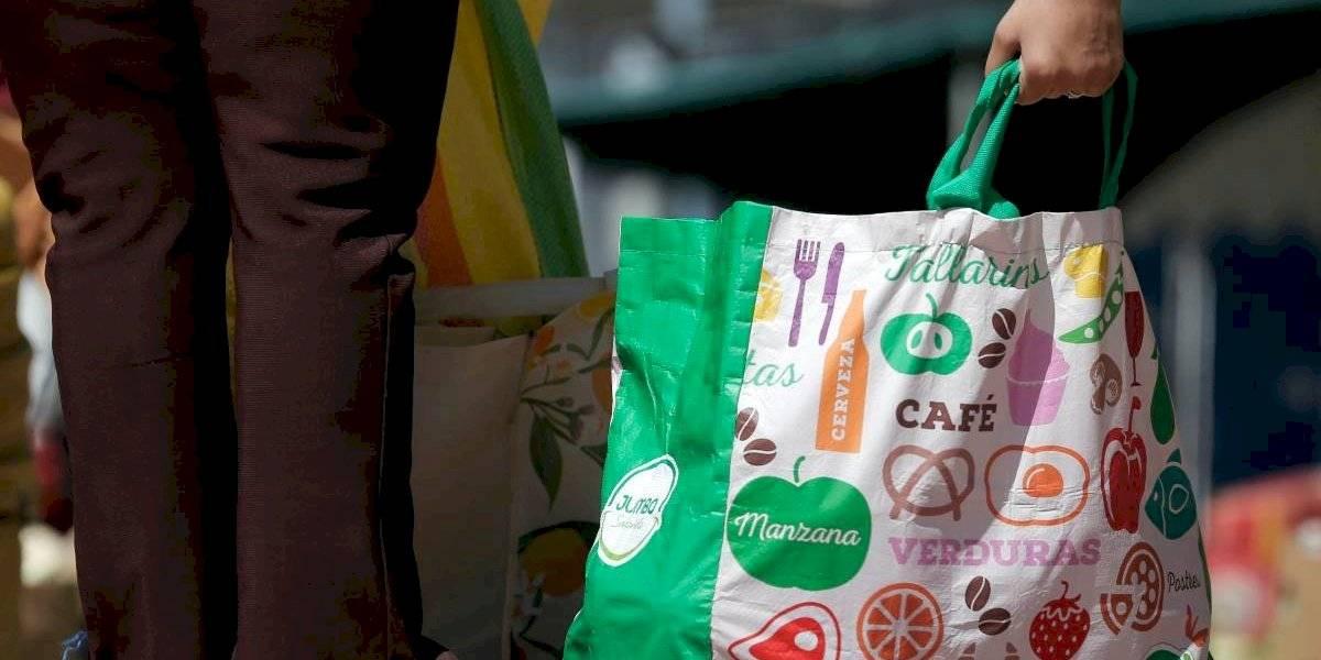 Hay respaldo transversal de diputados de todas las colectividades: presentan proyecto que obliga a retail proveer gratuitamente bolsas reutilizables