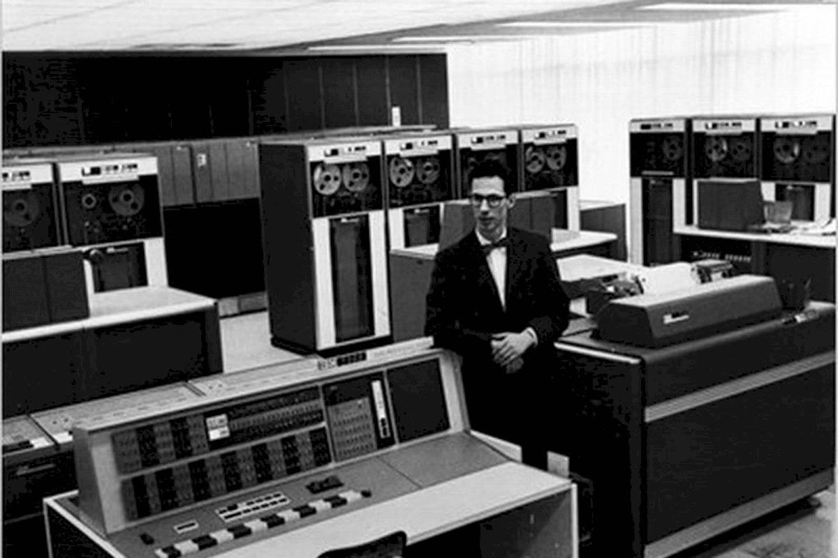 Muere el hombre que creó las contraseñas para computadores