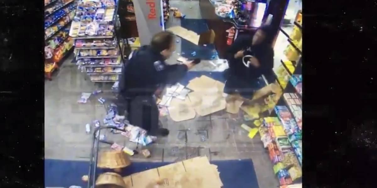 VIDEO: Jugador de la NFL se pelea con policía y es suspendido