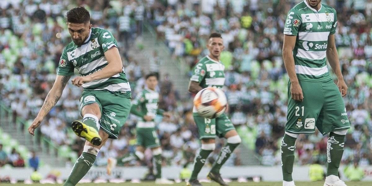 ¡Genio y Figura! Diego Valdés anota tres goles en amistosos de pretemporada del Santos Laguna