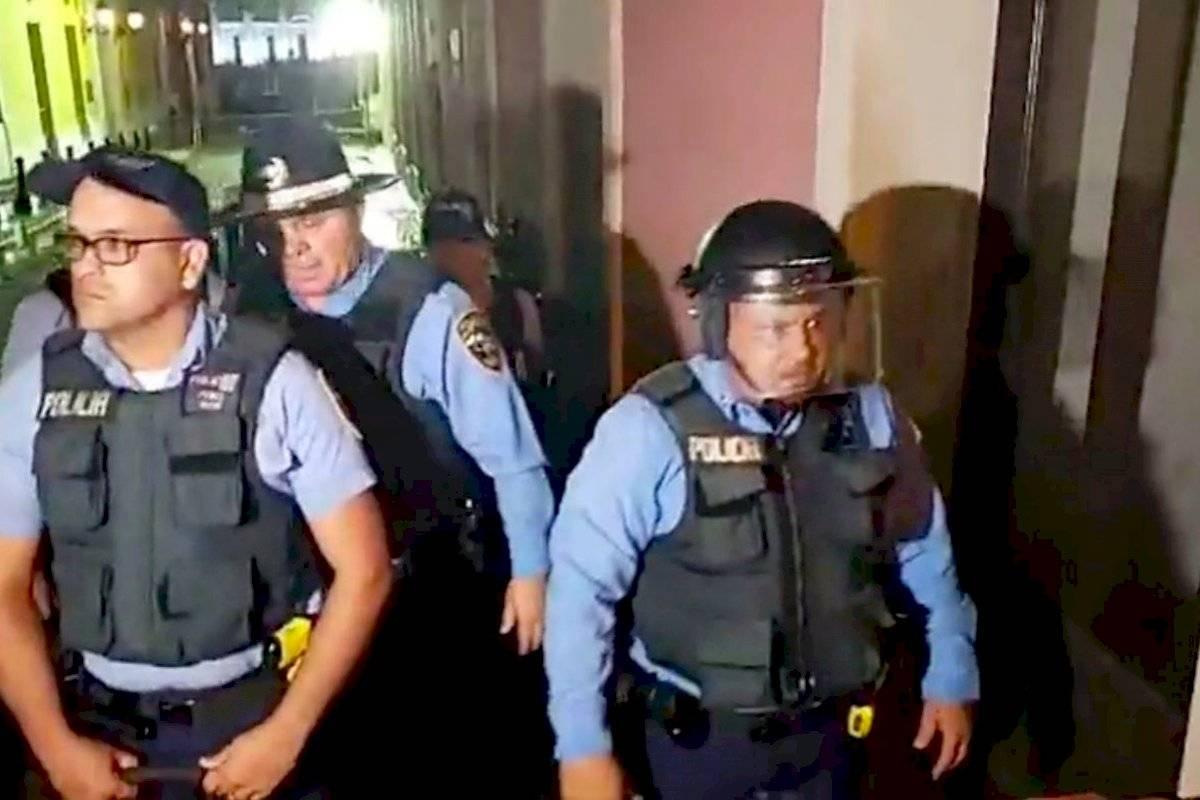 Sacaron policía que pidió ser removido de protesta en Fortaleza por estar badtripiao