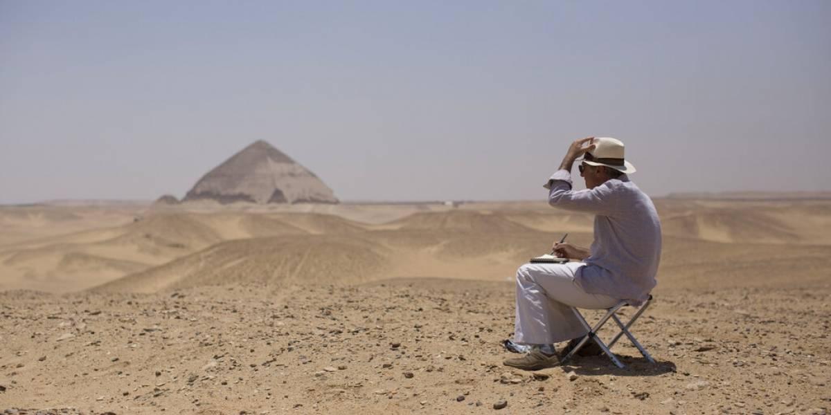 ¡Turista, detenido por fotografiarse 'pelando cola'! en las pirámides de Guiza