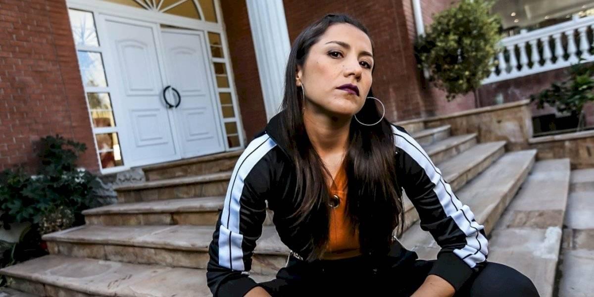 """Loreto Aravena habla de su personaje con síndrome de Tourette: """"Lo quise tomar con cuidado y sin pasar a llevar a nadie"""""""