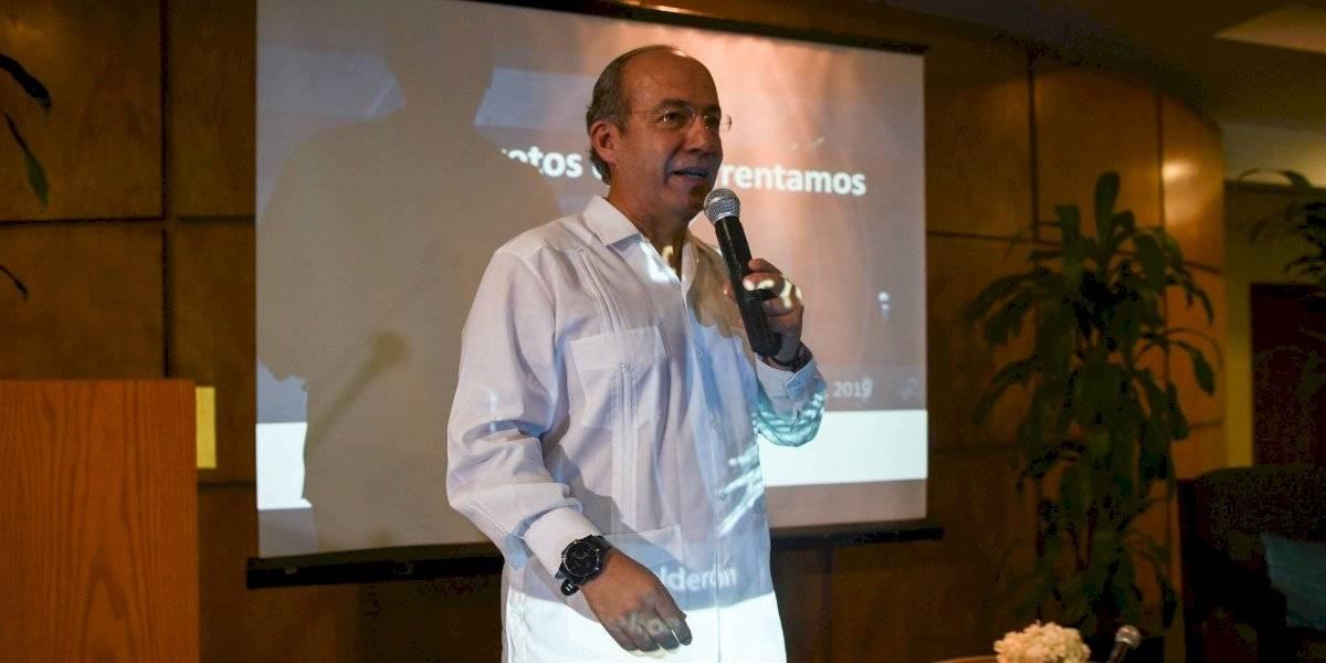 Calderón acusa a Morena de boicotear asamblea de México Libre