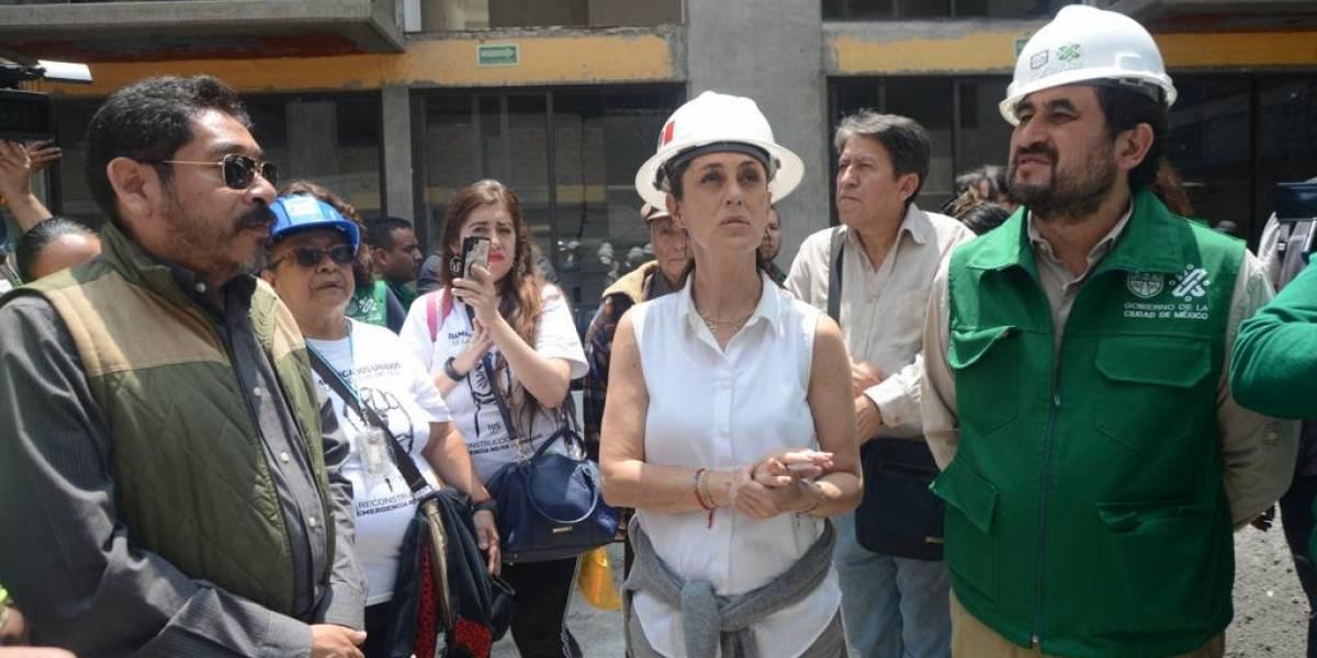 Jefa de Gobierno recorre el Multifamiliar de Tlalpan
