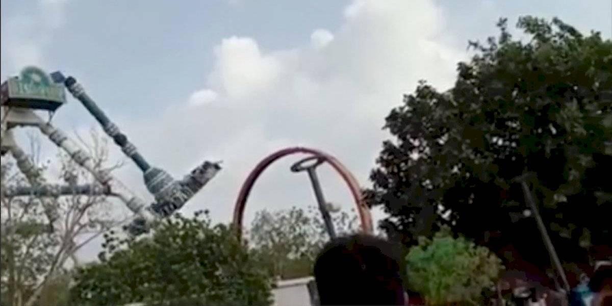 Impactante accidente en un péndulo de parque de diversiones de India dejó dos muertos