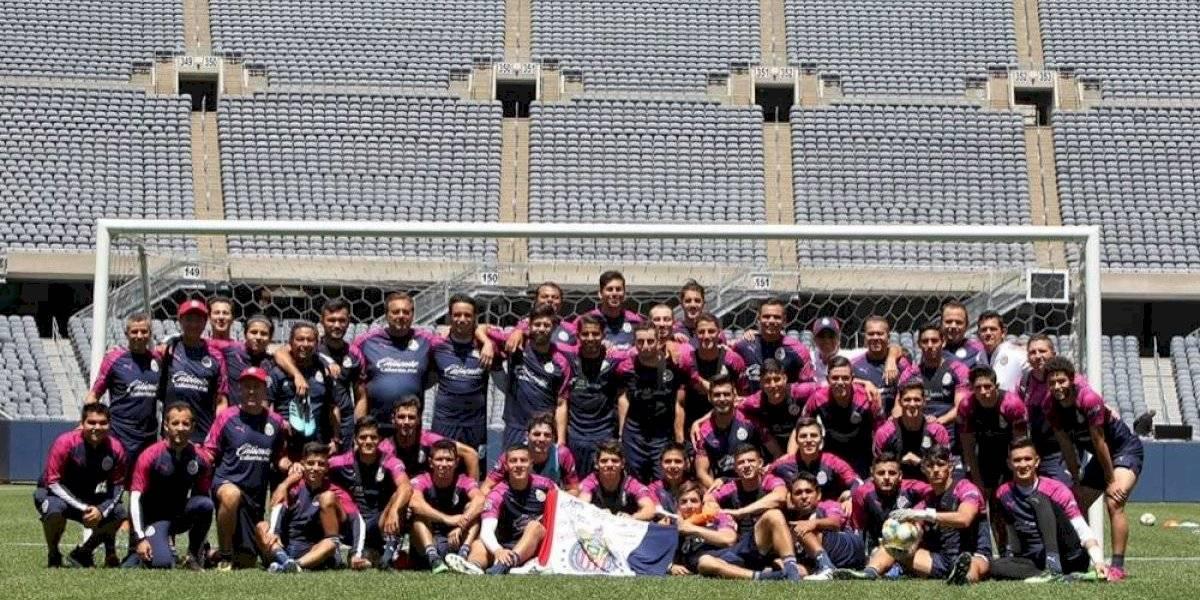 Chivas se estrena en la ICC ante la Fiorentina