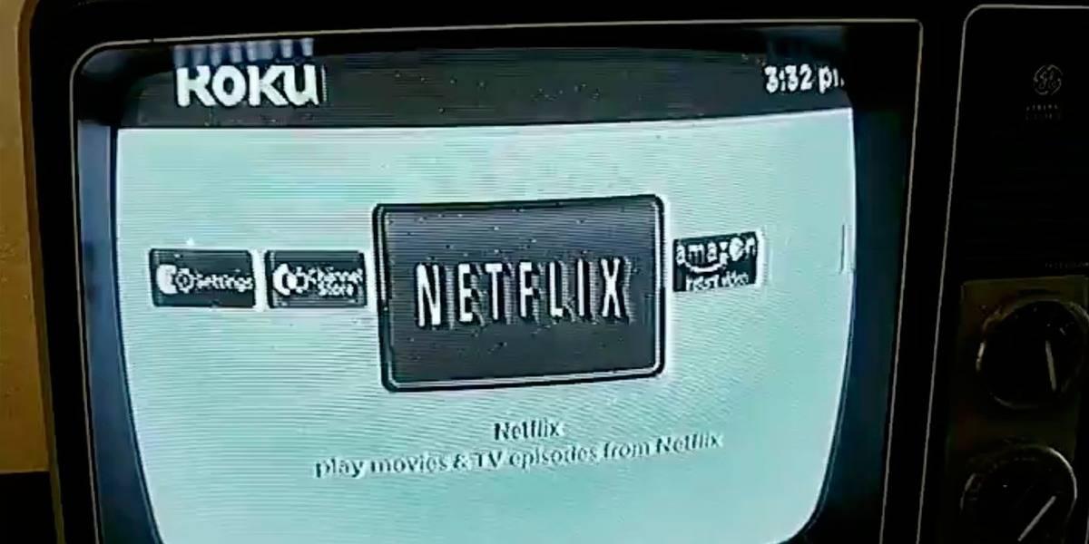Loco le instala Netflix a una TV blanco y negro de los años 70, y luce genial
