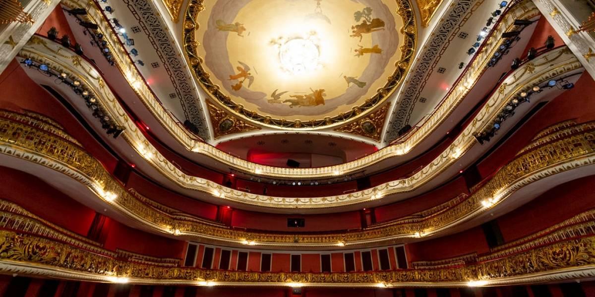 Óperas e festival ocupam Theatro Municipal até fim do ano