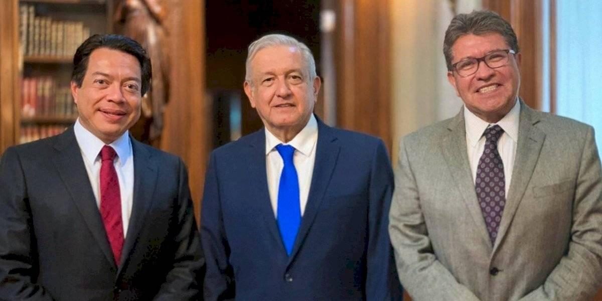 Revisa AMLO pendientes con Mario Delgado y Ricardo Monreal