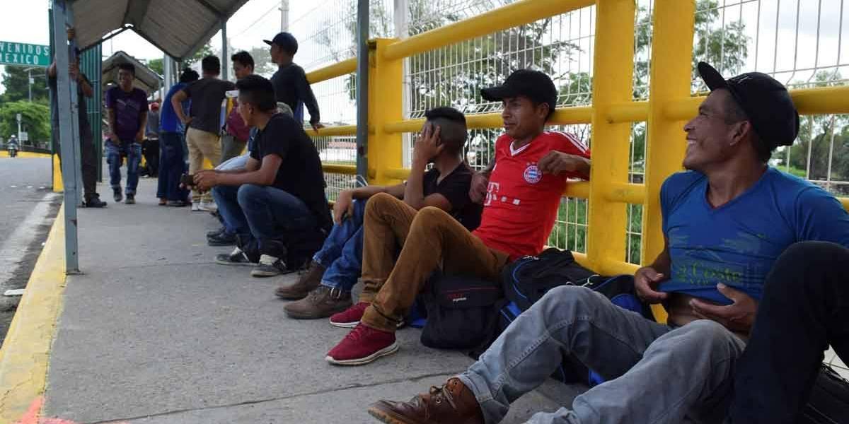 Regra dificulta pedido de asilo na fronteira entre EUA e México