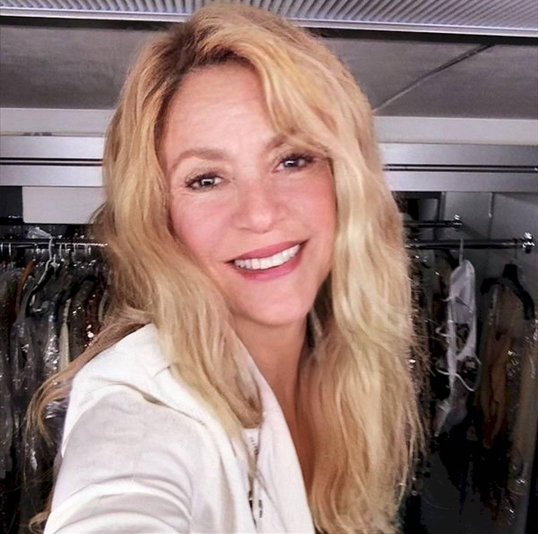 Shakira FaceApp