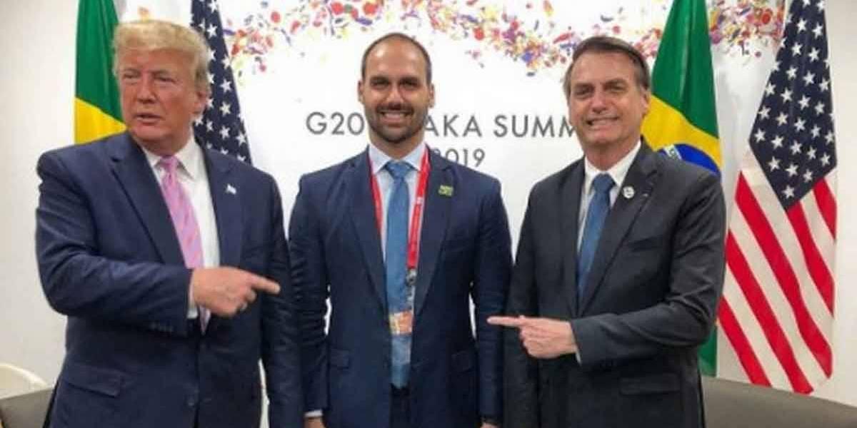 'Se é criticado, sinal de que é adequado', diz Bolsonaro sobre indicação do filho à Embaixada
