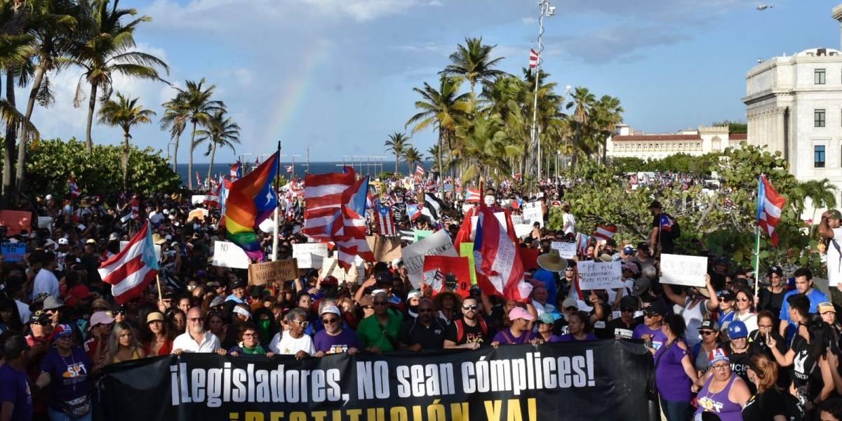Así se ve la manifestación masiva rumbo a La Fortaleza