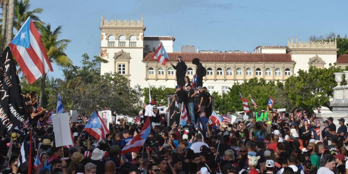 Fortaleza minimiza protestas y dice no son un mecanismo para sacar a Rosselló
