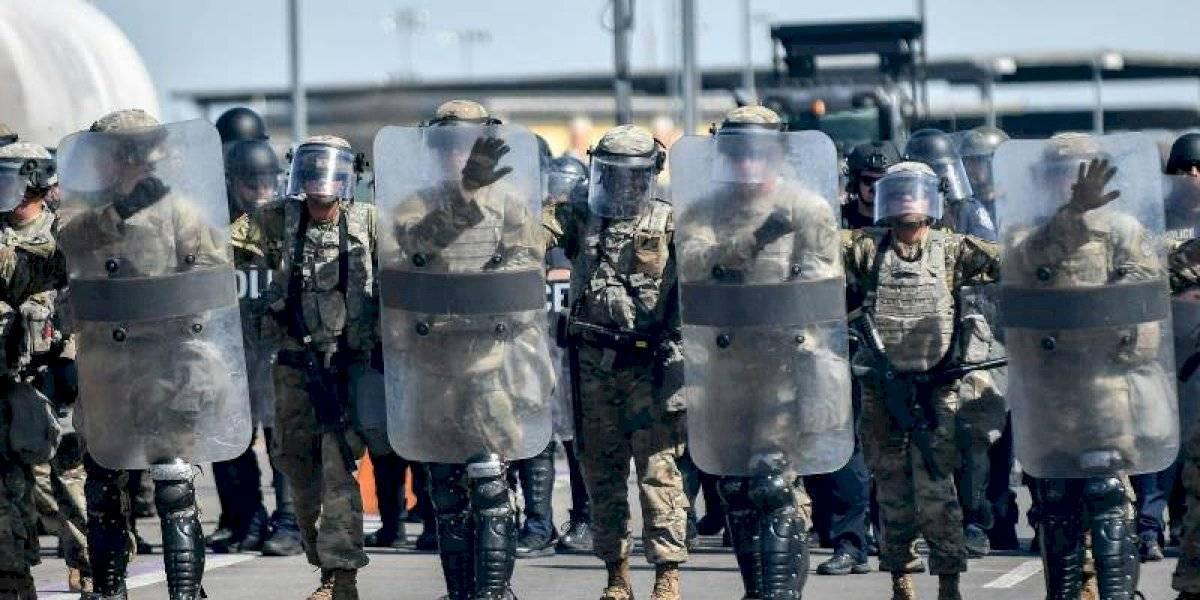 Estados Unidos enviará más de 2 mil soldados a su frontera con México
