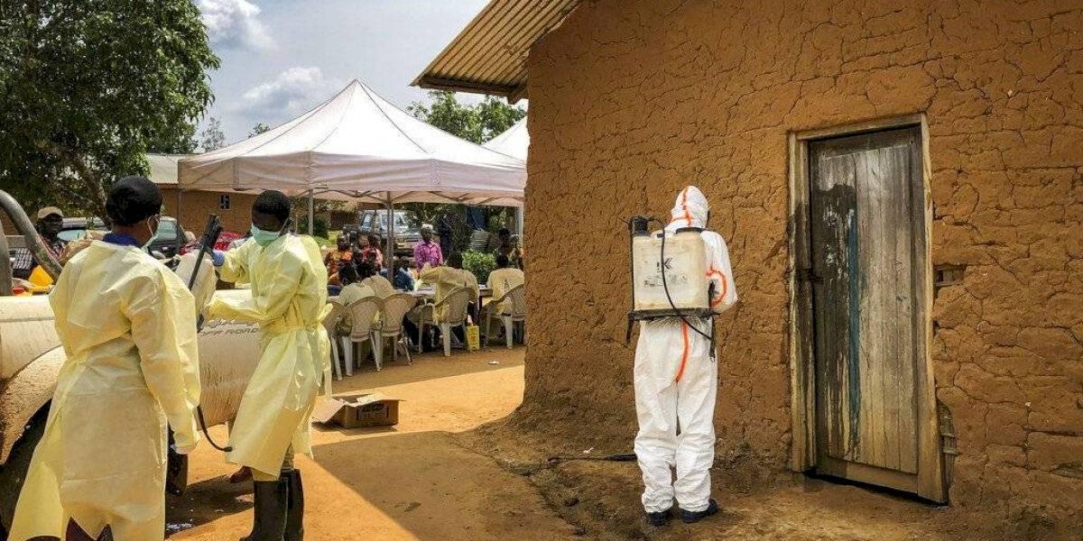 Brote de ébola en el Congo activa emergencia internacional de salud