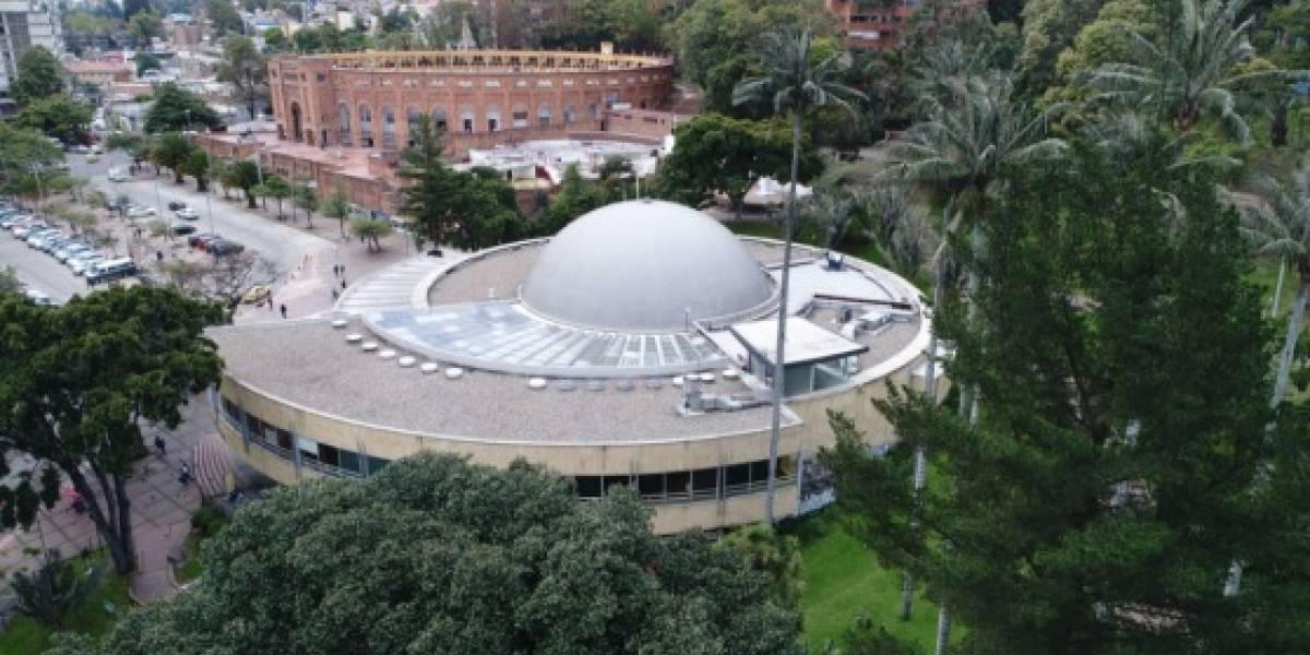 Planetario desmiente que haya un show láser del grupo RBD