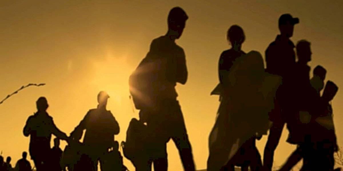 Interceptan a 112 migrantes que viajaban hacinados en un camión