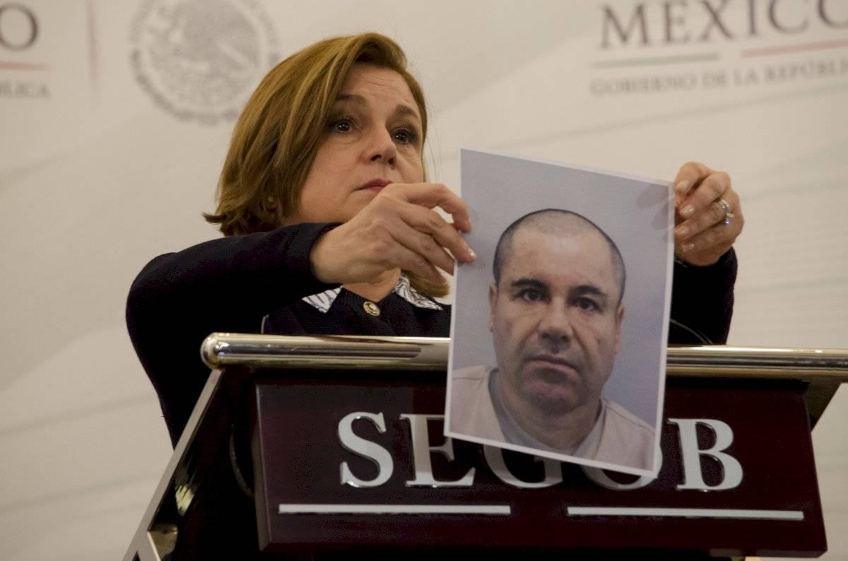 """Arely Gómez, entonces, procuradora general de la República, en conferencia de prensa en donde se detallaron los hechos en torno al escape de Joaquín """"El Chapo"""" Guzmán"""