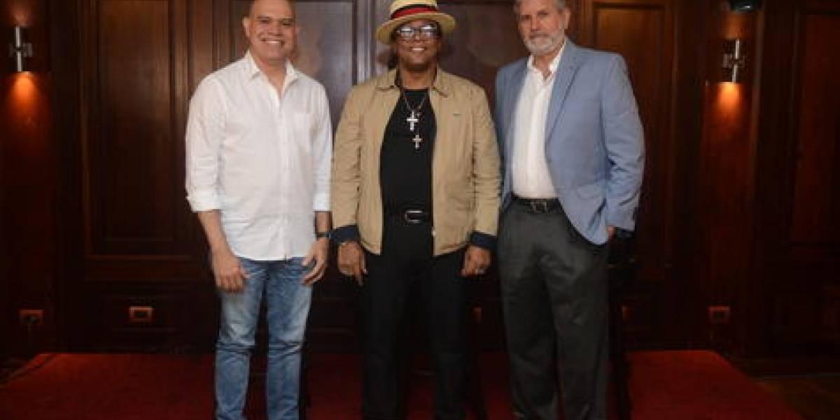 """""""Sergio Vargas Sinfónico"""" este sábado  20 de julio en el Teatro Nacional"""