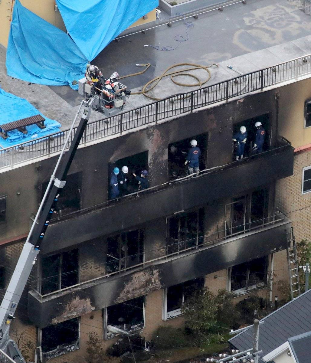 Asciende a 33 muertos y decenas de heridos por incendio provocado EFE