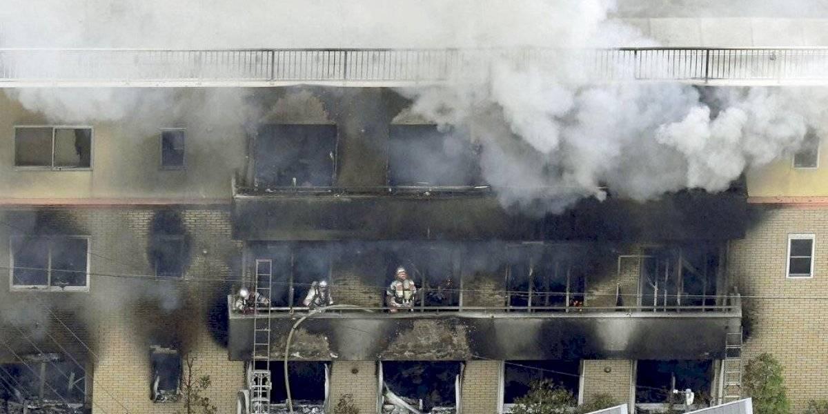 Ya van al menos 33 muertos en incendio intencional que afectó a estudio animé en Japón