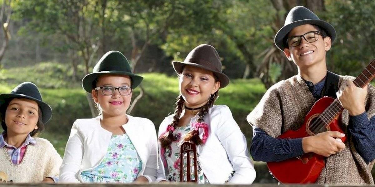 El Festival Nacional Colombia Canta y Encanta se tomó Medellín