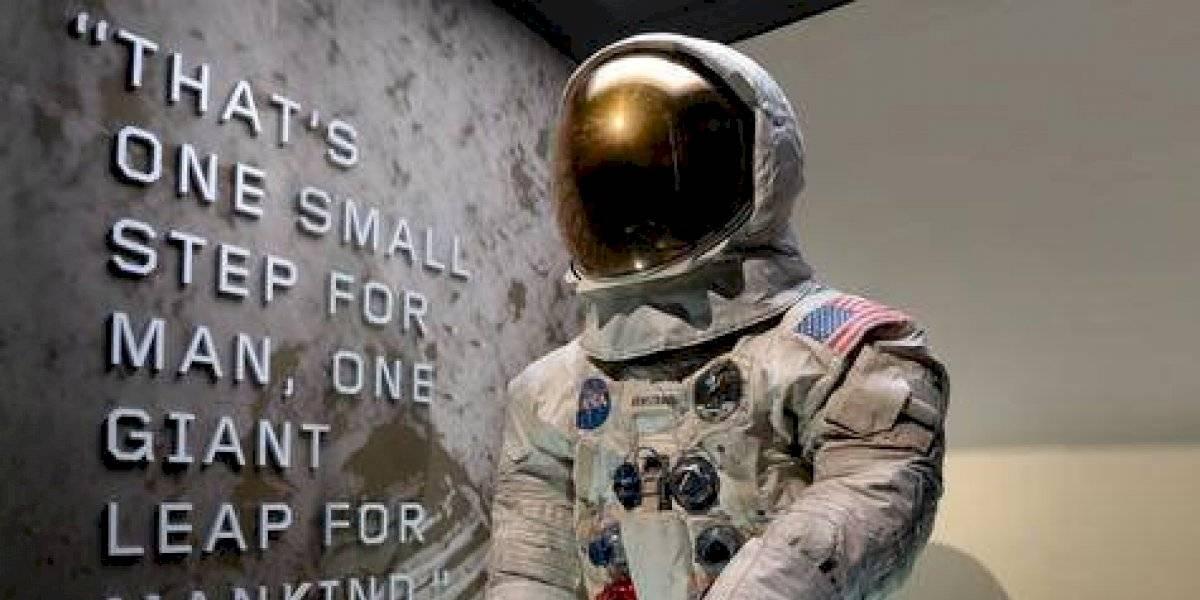 Ya puedes ver el traje espacial de Neil Armstrong