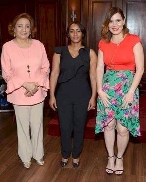 Nuris Valdez, Amarilis Castro y Brenda Sánchez.