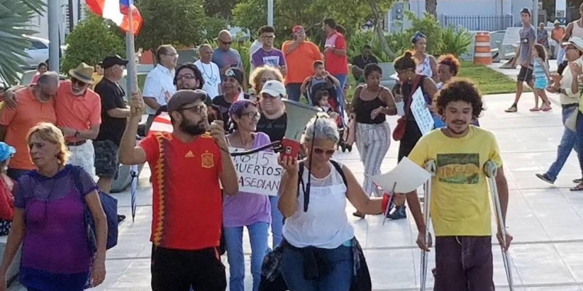 Protestas contra Rosselló en varios pueblos de la isla