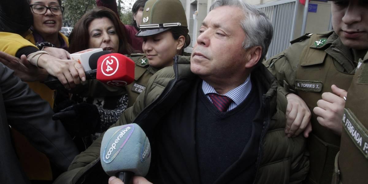 Reformalización del ministro Elgueta: habría nombrado 11 veces a hija del otro juez suspendido de manera ilegal