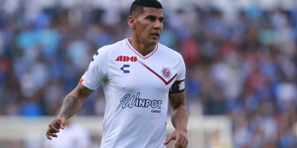 Carlos Salcido 'explota' en contra de aficionado