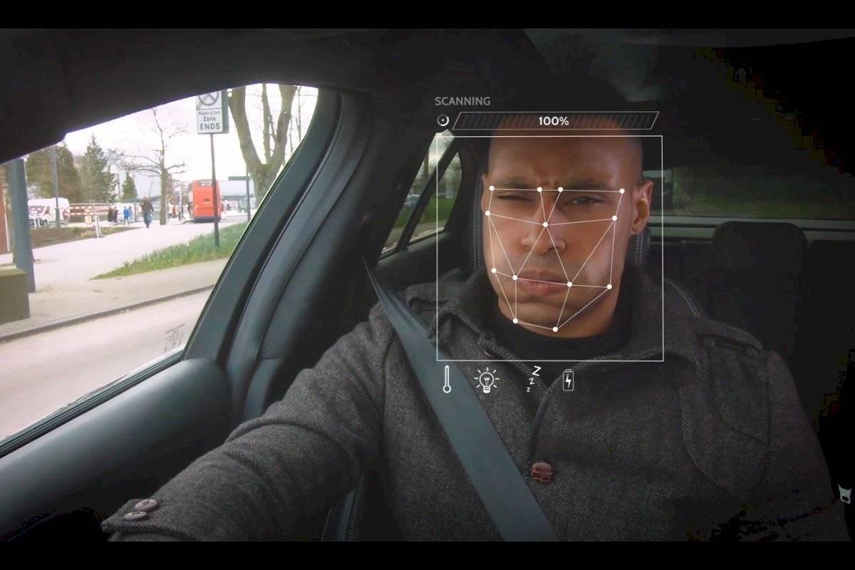 Jaguar Land Rover conductor