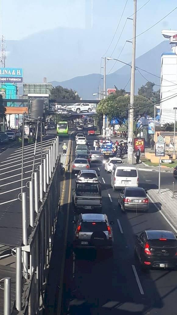 manifestación en calzada Aguilar Batres