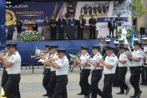 presidente Jimmy Morales participa en 22 aniversario de la PNC