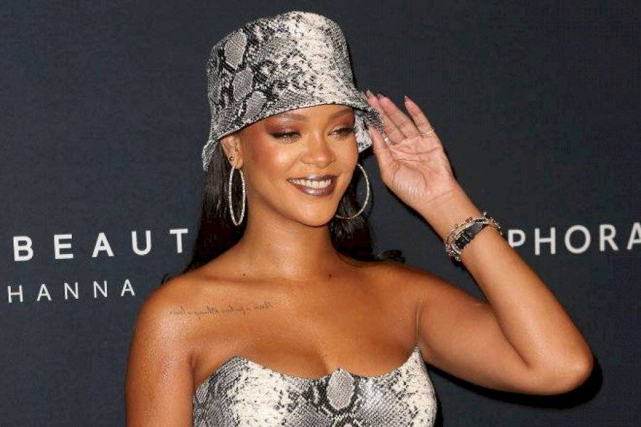 Viralizan Las Horrorosas Fotos De Rihanna En Bikini